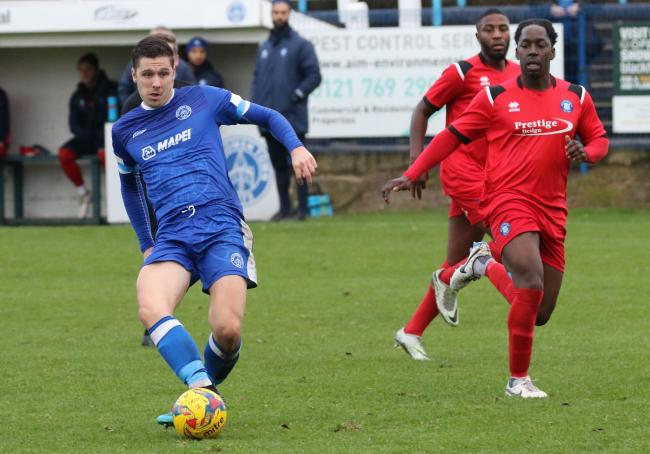 Goalscorer Robbie Bunn in action against Dunstable. Photo by Steve Evans/Halesowen Town