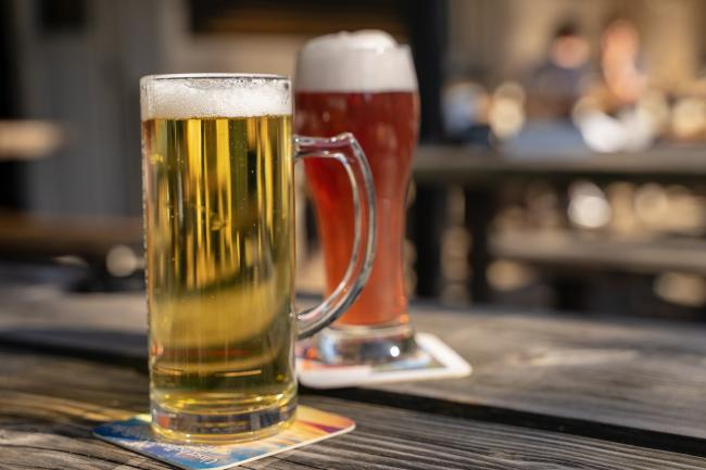 Christmas rules make 'mockery' of pub restrictions.