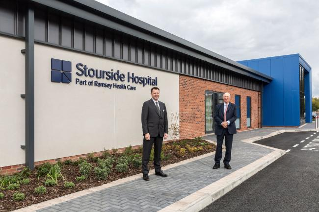 Dr Andy Jones, CEO at Ramsay Health Care UK, and NHS England chairman Lord David Prior at the new Stourside Hospital