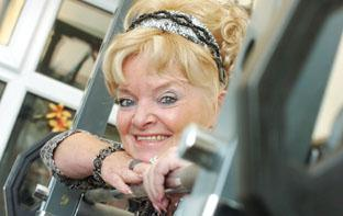Pint-sized Pat organises new bench press comp