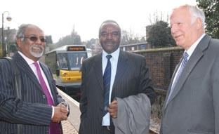 Stourbridge News: Left to right, Deva Ponnoosami of Southern Marketing Services, Zimbabwe's Ambassador Gabriel Machinga, and Parry People Mover creator John Parry (ref: 141123M).