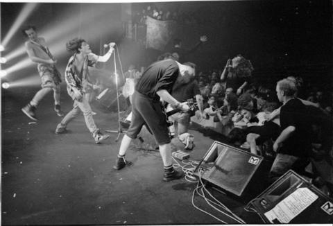 Ned's Atomic Dustbin in action back in their early days