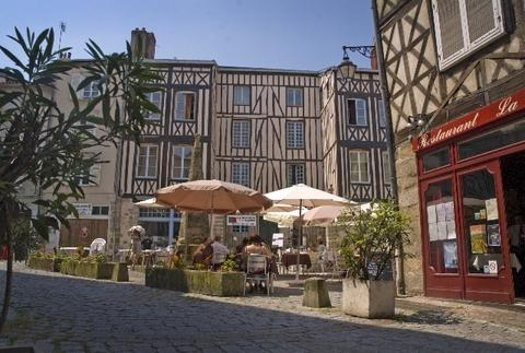 Take a stroll round Limoges