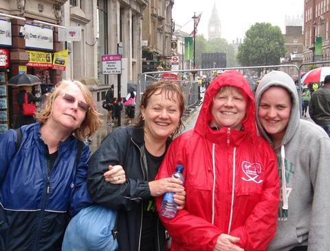 Left to right - Anne Cruchley, Yvonne Warner, Pauline Evans and daughter Rebecca in London for the British 10K.
