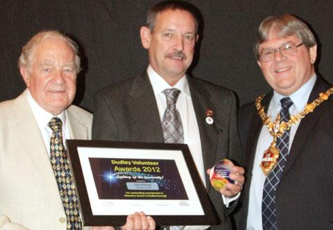Bob Hickman (centre) with mayor of Dudley Cllr Melvin Mottram and Dudly CVS chairman Mike Abrahams