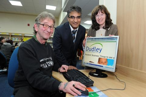 David Williams with Councillor Khurshid Ahmed and Dudley librarian Sharon Whitehouse