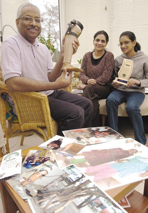 Dr Viquar Qurashi with his wife Ambreena and daughter Maria, pictured in 2007.