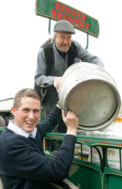 MP Gavin Williamson helping lifting Kegs as Part of Dray Day at Kinver Brewery. Buy photo: 211315AM