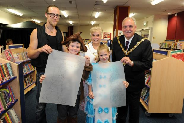 Stourbridge News: Back, l-r, artist Luke Perry, Mayoress Heather Finch and Mayor - Councillor Alan Finch. Front, l-r, Oscar Hamilton-Roderick and Annabelle Lilley.
