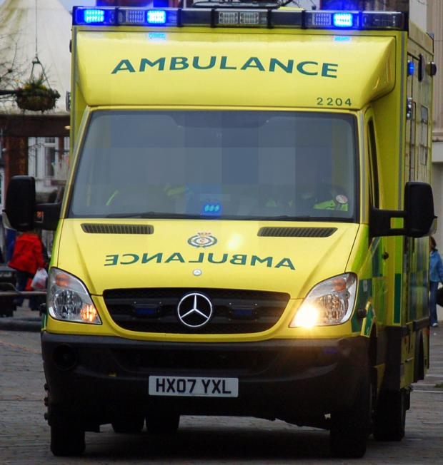 Stourbridge News: Ambulance bosses delighted after ten to one response to student medic ads