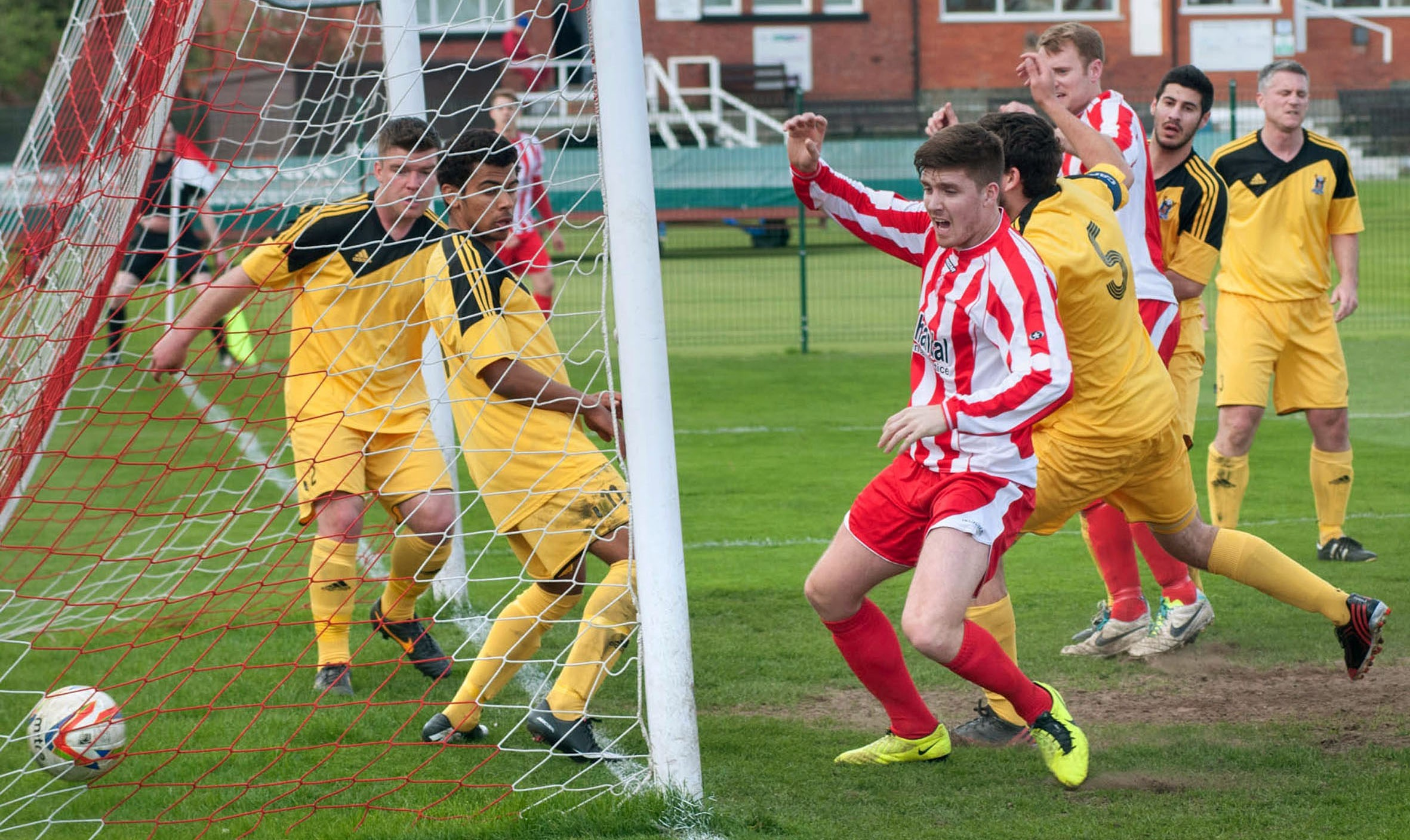 Stourbridge brushed aside AFC Totton as they maintained their fight for a top five finish.