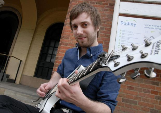 Guitarist Richard Burns has played an instrumental role in a new charity single in memory of Stephen Suttoon