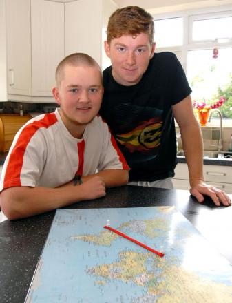 L-r George and Henry Gywnn-Thomas are appealing for financial support for trip to Galapagos Islands. Buy this photo: 241405M.