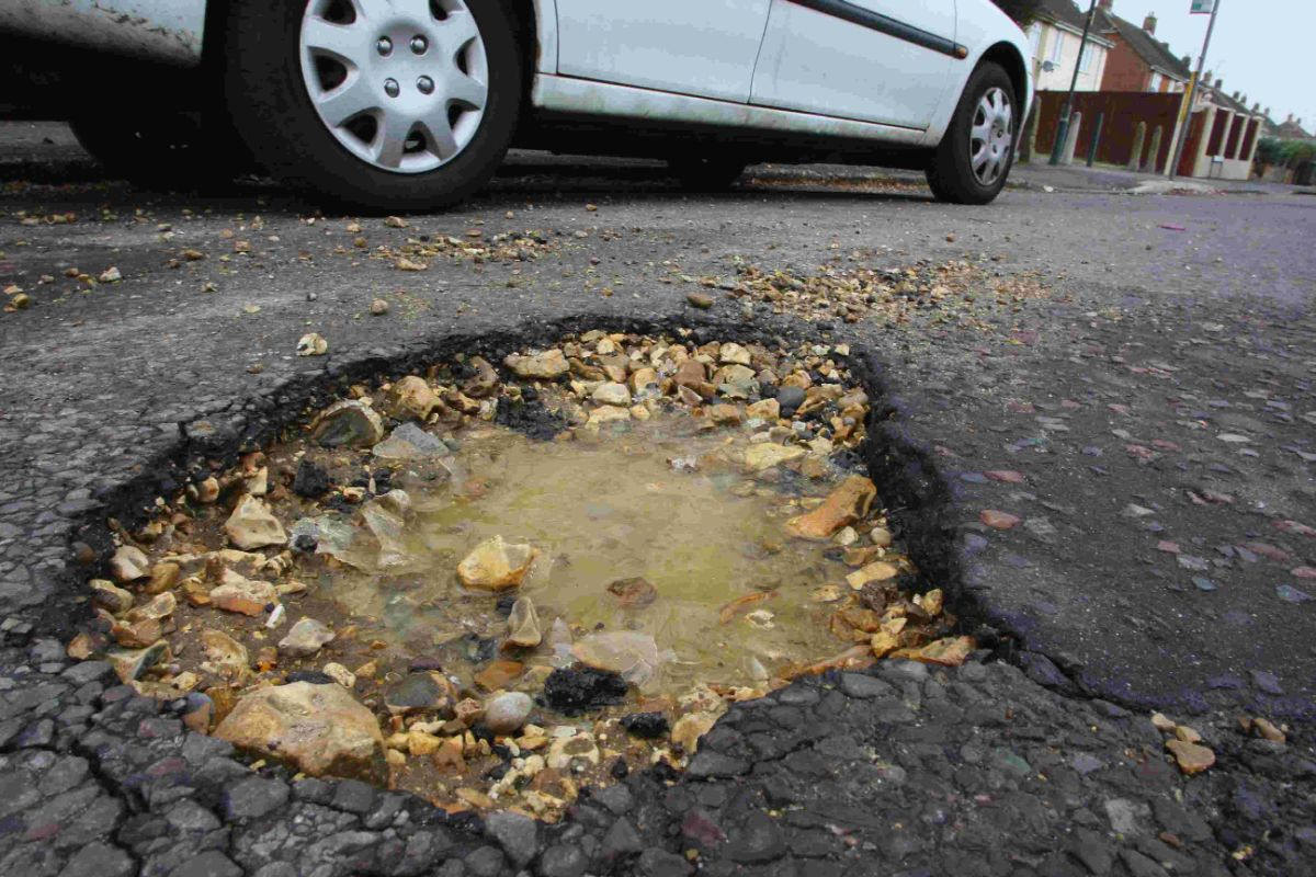 Dudley prepares to tackle pothole problem after scooping extra Government cash