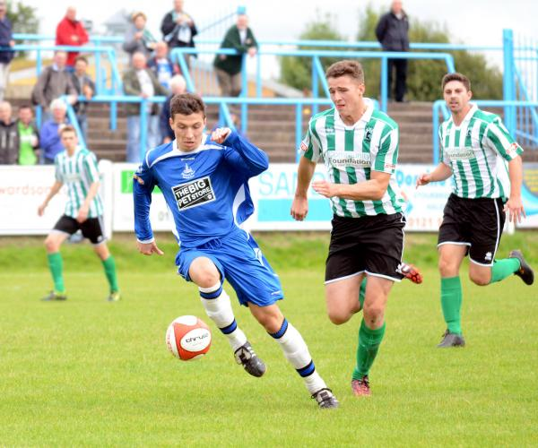 Ben Haseley in action against Blyth. Photo by Dave Hawley.