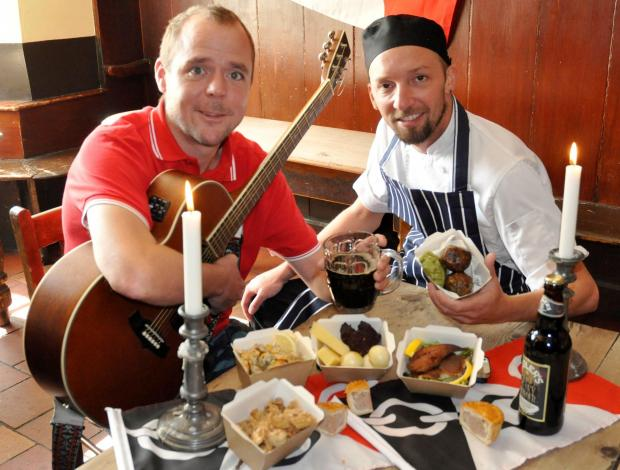 James Stevens from The Empty Can and chef Craig Lewis get set for the Black Country Living Museum's first Black Country night.