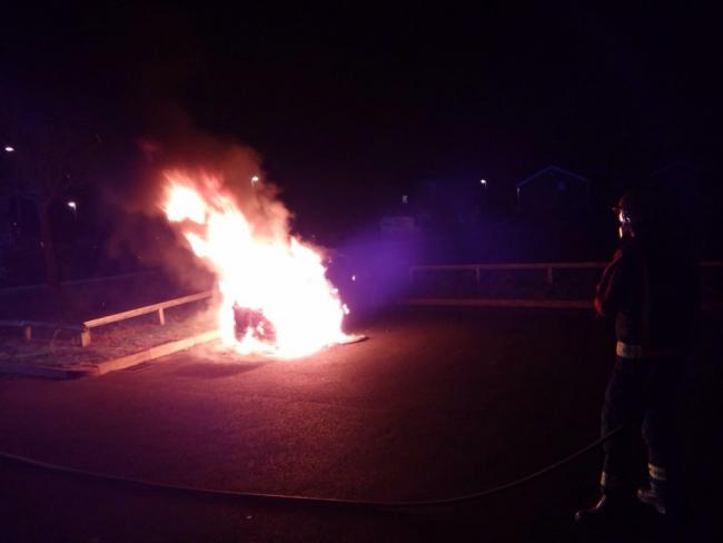 Brierley Hill firefighters successfully tackle car fire