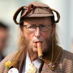 Stourbridge News: You won't believe what John McCririck looked like after he went on 100% Hotter