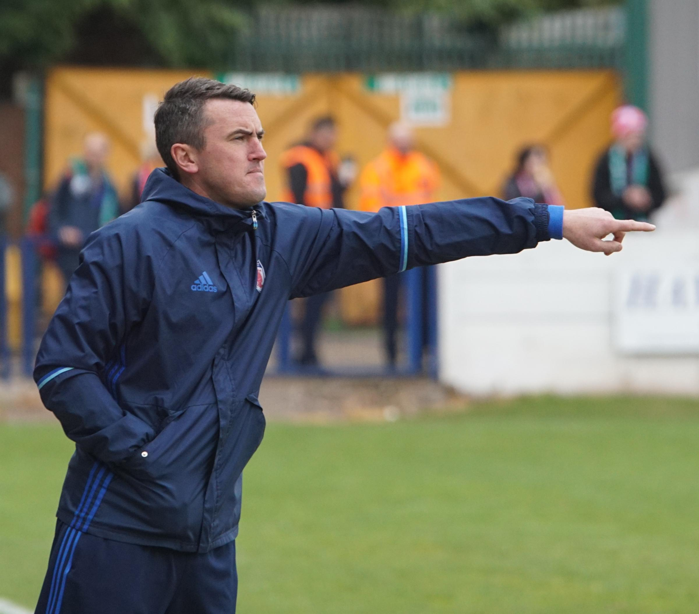 Halesowen manager Paul Smith names his backroom team