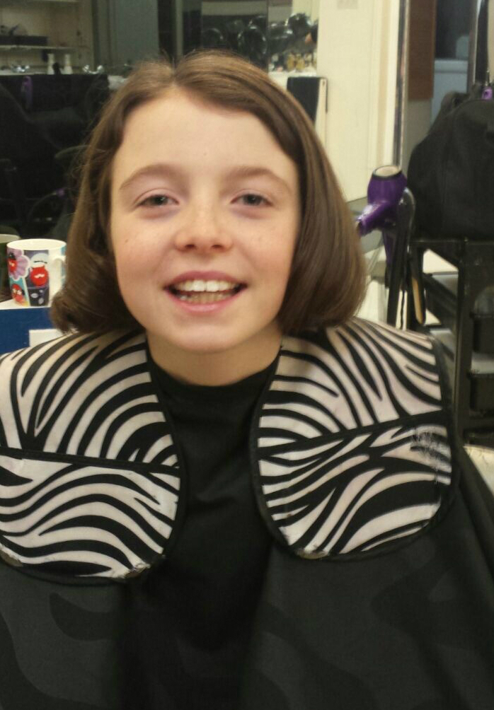 Millie McCann shows off her new short hair do