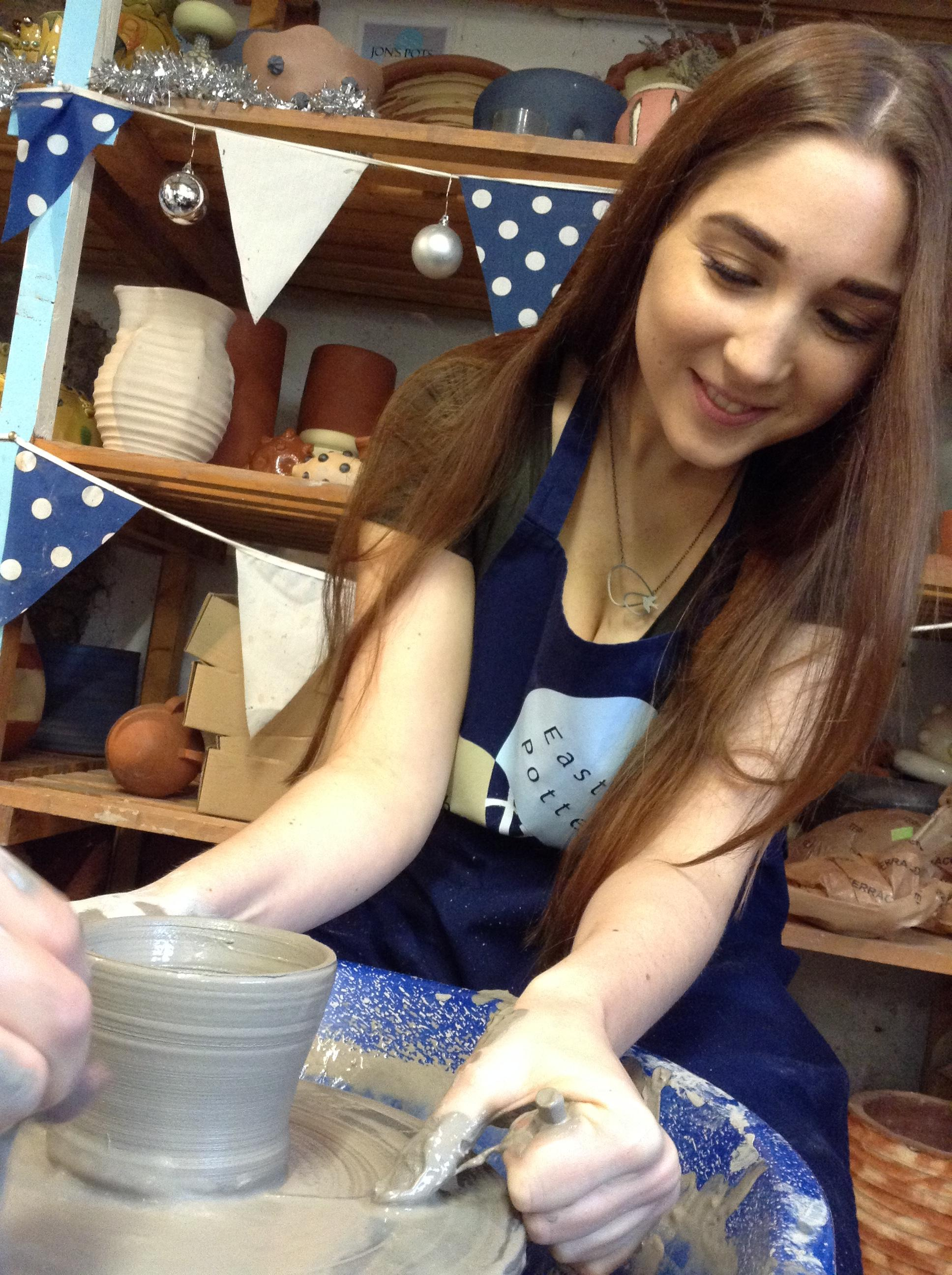 Potter's wheel one day course - Sat 23 Nov