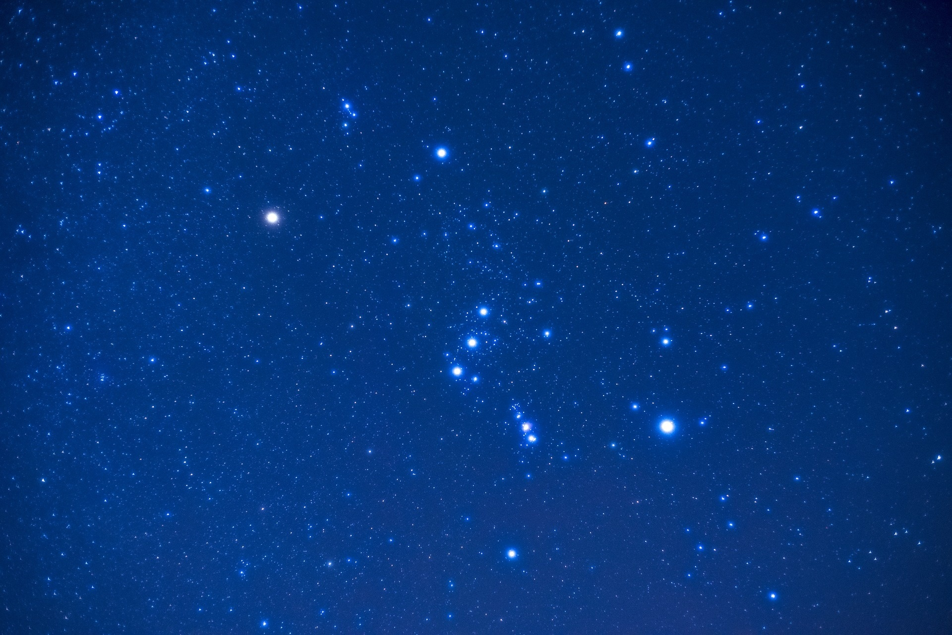 The comet is visble in the constellation Orion