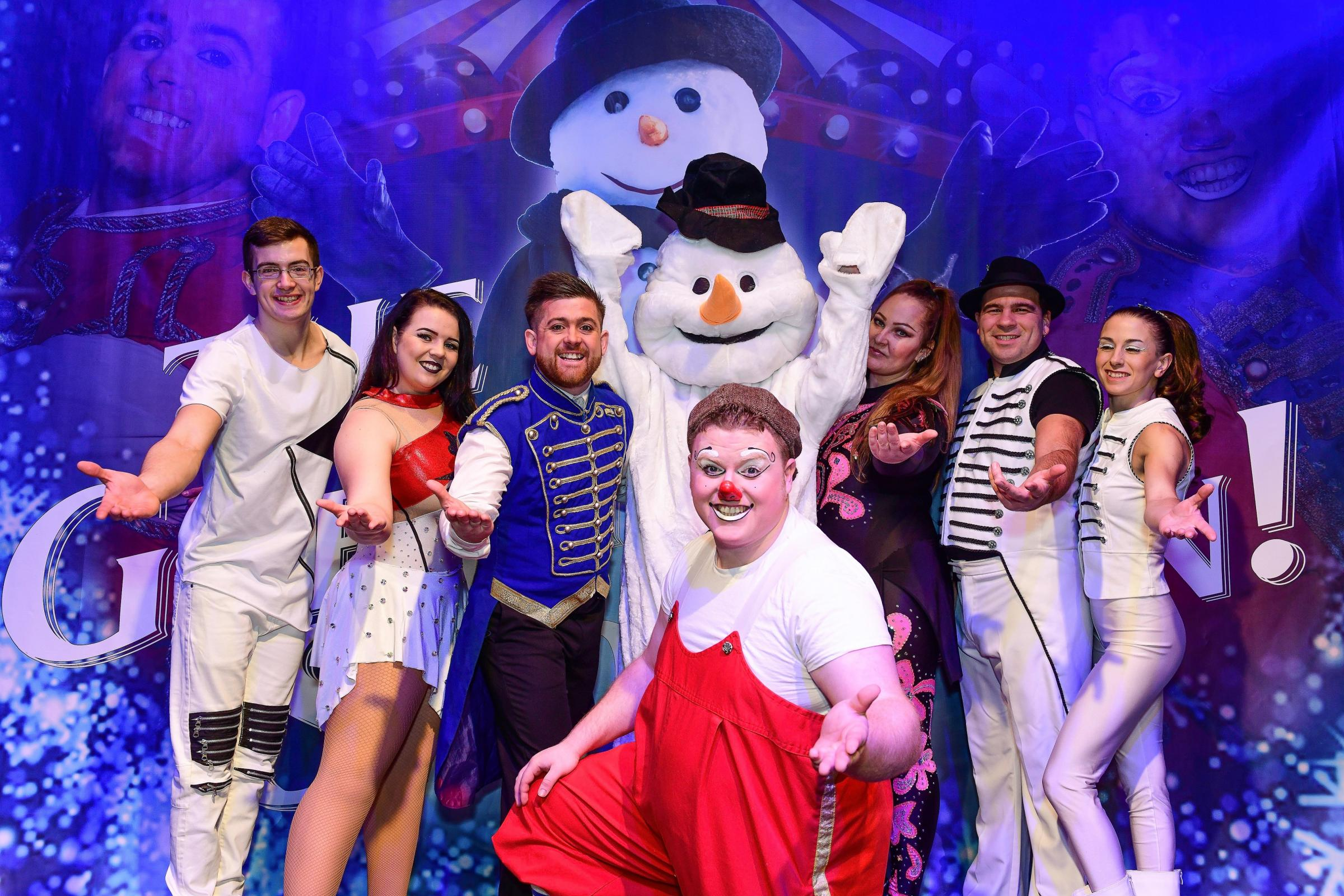 Circus Starr will bring a signed performance of 'The Greatest Snowman' to Dudley Town Hall next month.
