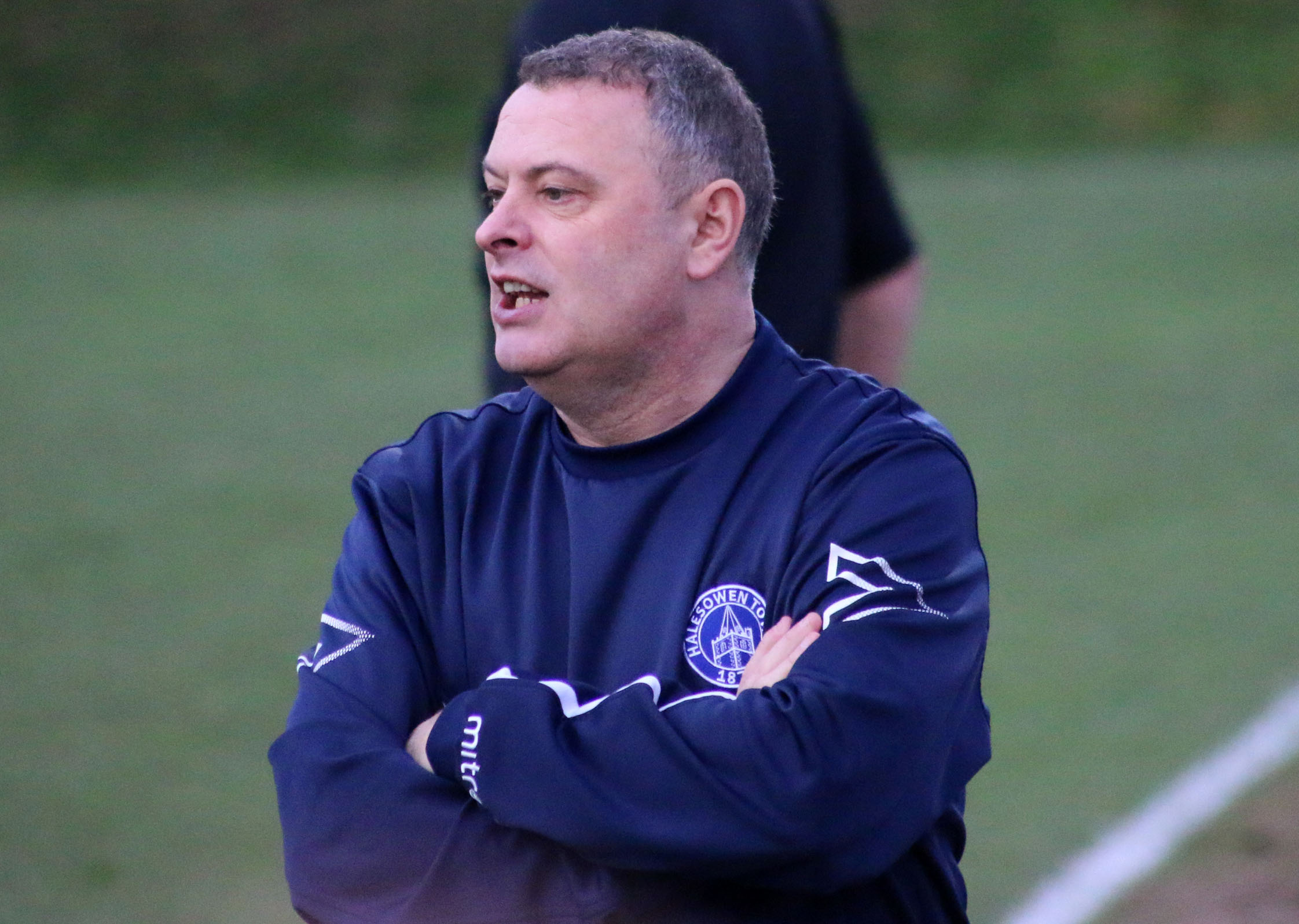 Halesowen boss Rob Smith